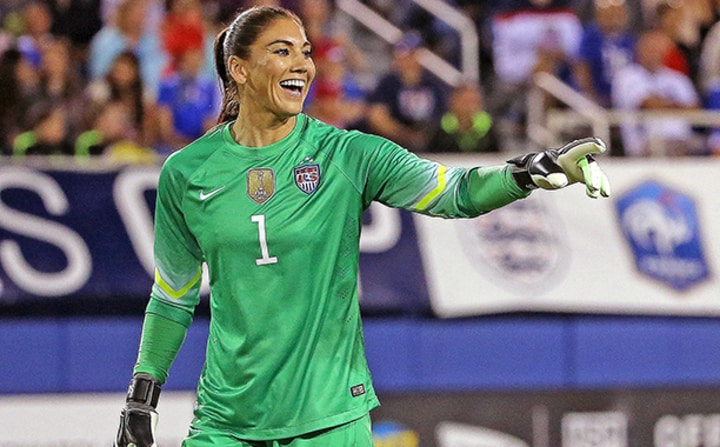 hope solo female athletes soccer
